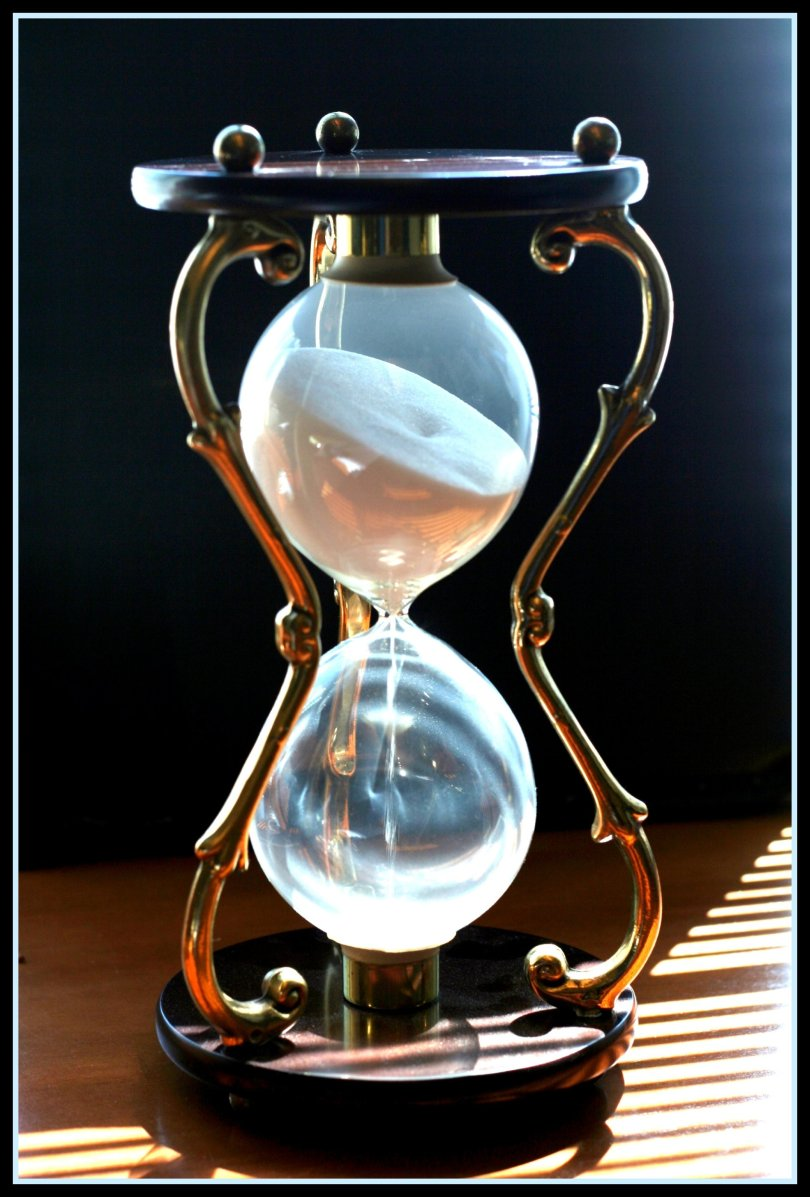 A fancy hourglass.